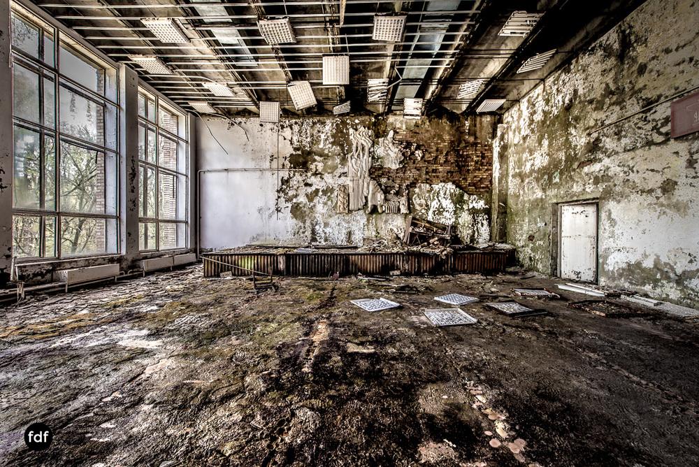 Tschernobyl-Chernobyl-Prypjat-Urbex-Lost-Place-Krankenhaus-36.jpg