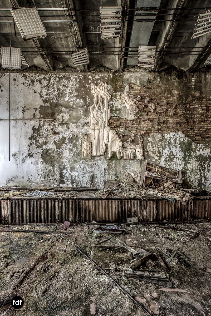Tschernobyl-Chernobyl-Prypjat-Urbex-Lost-Place-Krankenhaus-37.jpg