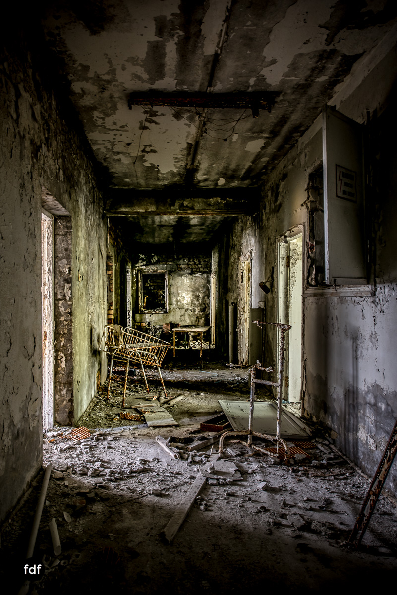 Tschernobyl-Chernobyl-Prypjat-Urbex-Lost-Place-Krankenhaus-40.jpg
