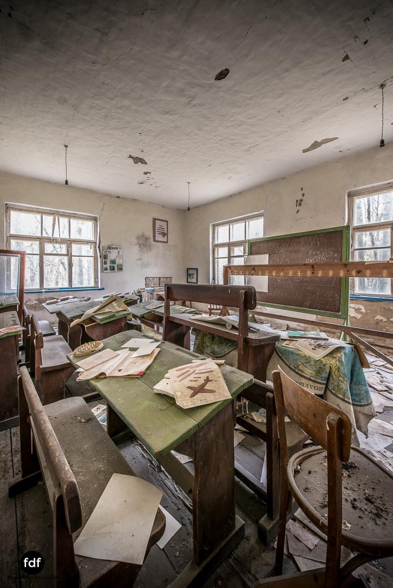 Tschernobyl-Chernobyl-Prypjat-Urbex-Lost-Place-Paryshev-Krasny-7.jpg