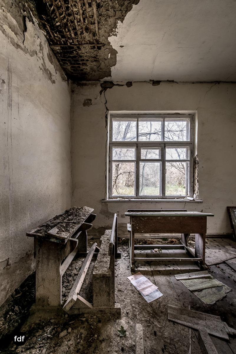 Tschernobyl-Chernobyl-Prypjat-Urbex-Lost-Place-Paryshev-Krasny-9.jpg