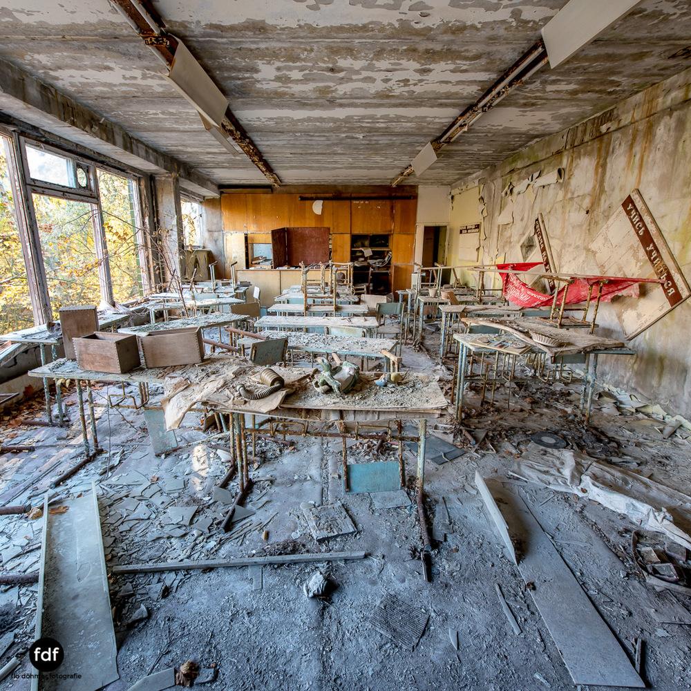Tschernobyl-Chernobyl-Prypjat-Urbex-Lost-Place-Mittelschule-17.jpg