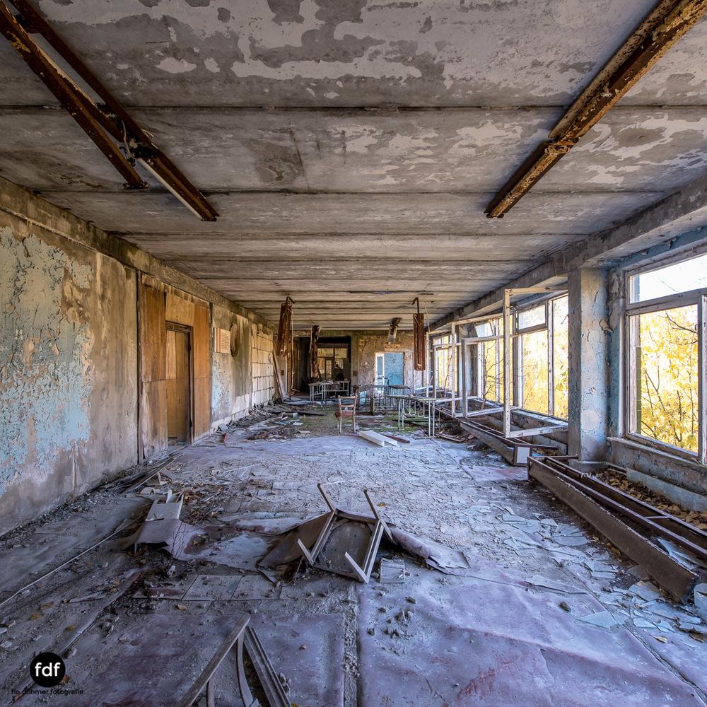 Tschernobyl-Chernobyl-Prypjat-Urbex-Lost-Place-Mittelschule-35.jpg