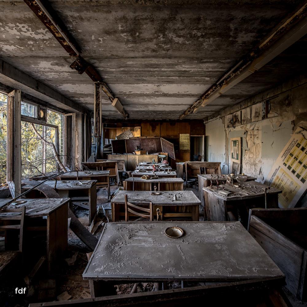 Tschernobyl-Chernobyl-Prypjat-Urbex-Lost-Place-Mittelschule-47.jpg