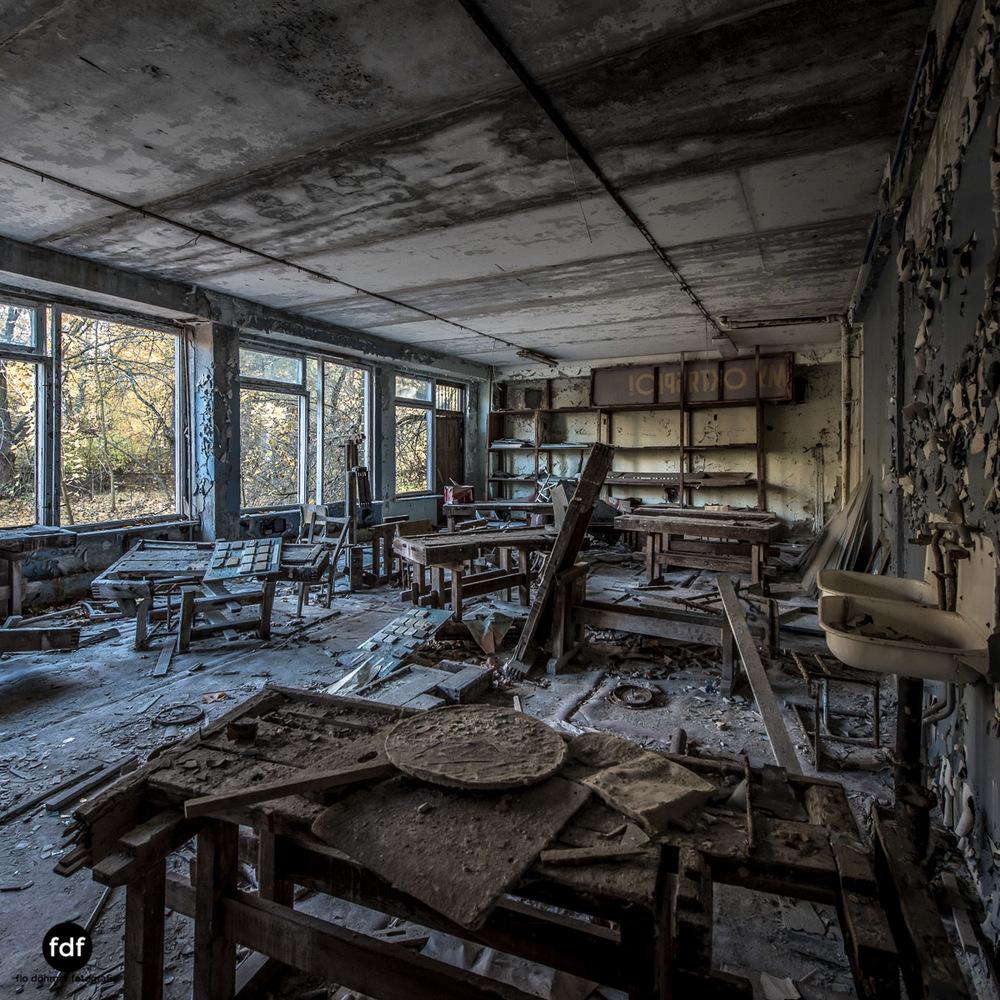 Tschernobyl-Chernobyl-Prypjat-Urbex-Lost-Place-Mittelschule-50.jpg
