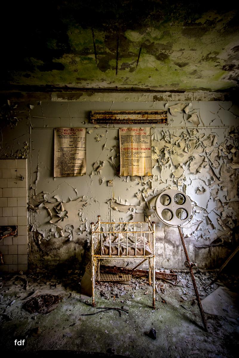 Tschernobyl-Chernobyl-Prypjat-Urbex-Lost-Place-Krankenhaus-38.jpg