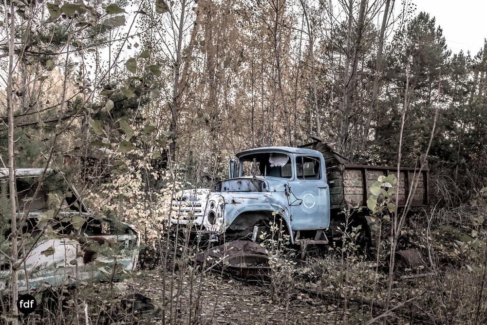 Tschernobyl-Chernobyl-Prypjat-Urbex-Lost-Place-Werkstatt-1.jpg