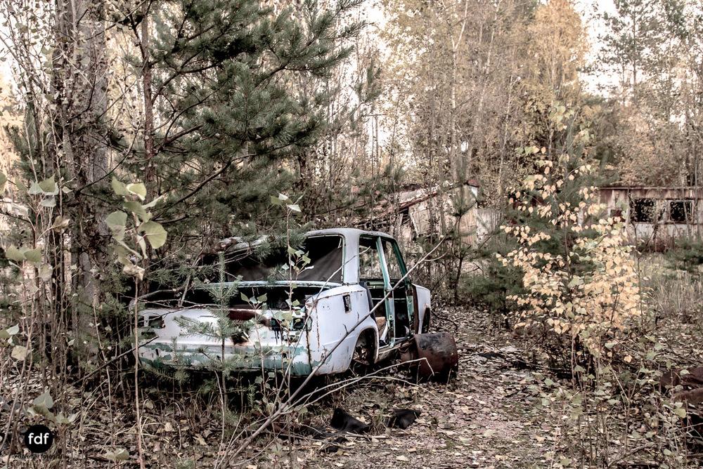 Tschernobyl-Chernobyl-Prypjat-Urbex-Lost-Place-Werkstatt-2.jpg