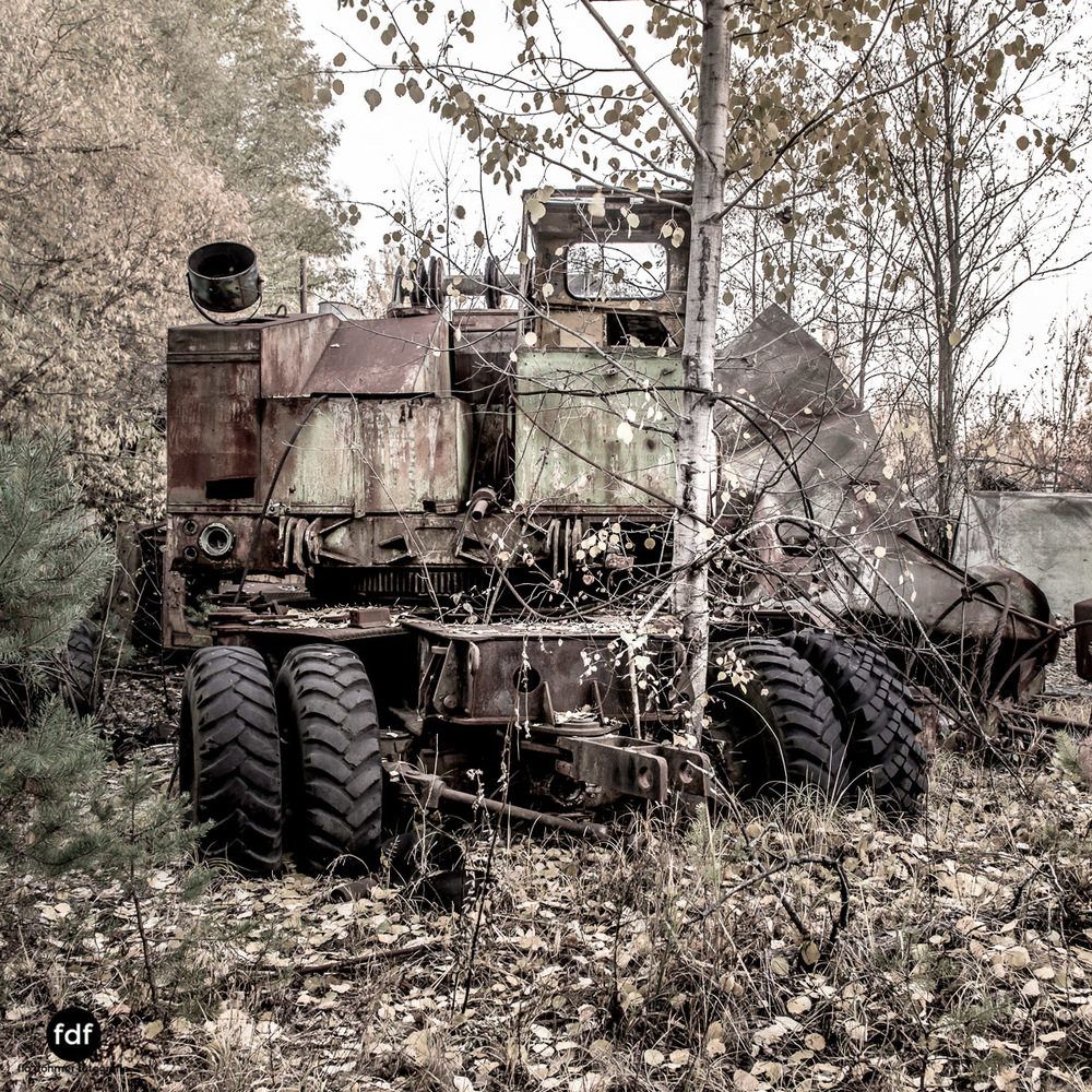 Tschernobyl-Chernobyl-Prypjat-Urbex-Lost-Place-Werkstatt-4.jpg