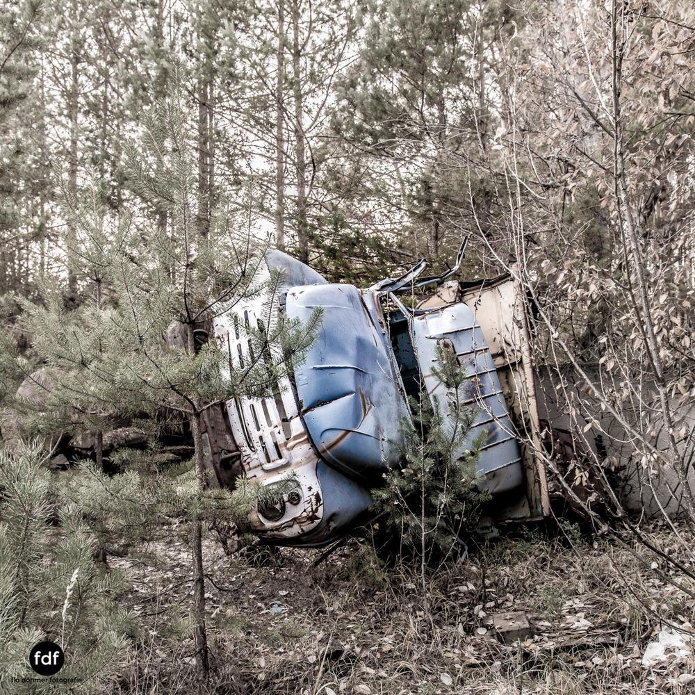 Tschernobyl-Chernobyl-Prypjat-Urbex-Lost-Place-Werkstatt-3.jpg