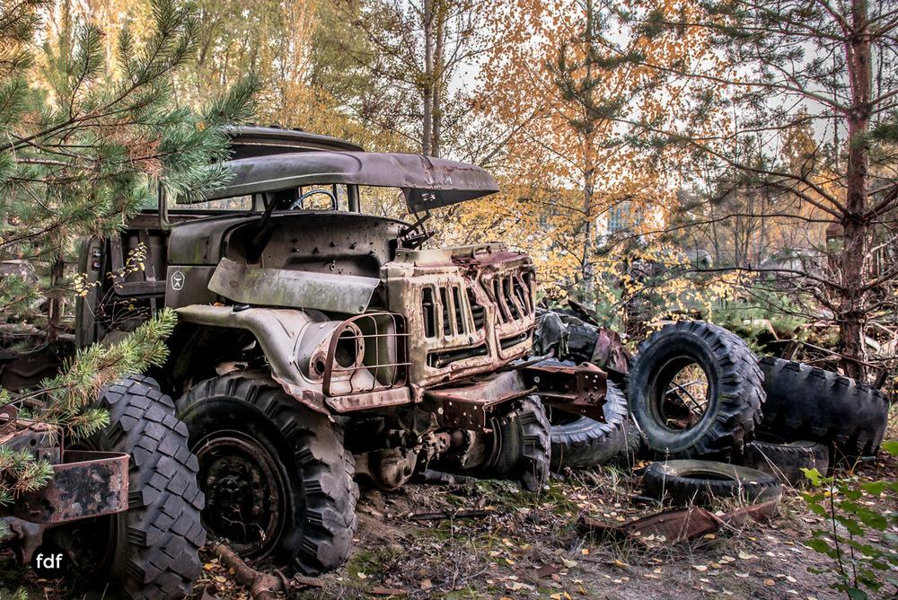Tschernobyl-Chernobyl-Prypjat-Urbex-Lost-Place-Werkstatt-5.jpg