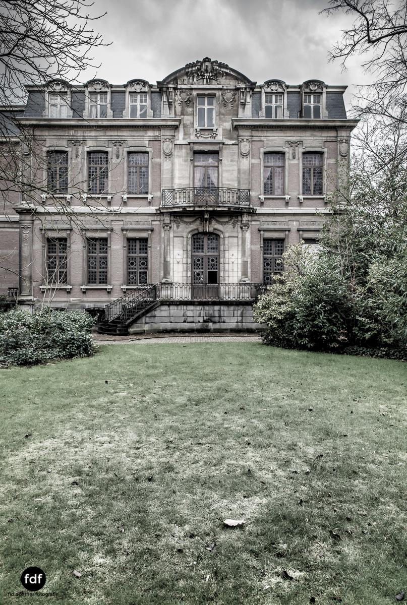 Town-Mansion-Villa-Stadthaus-Urbex-Lost-Place-2.jpg
