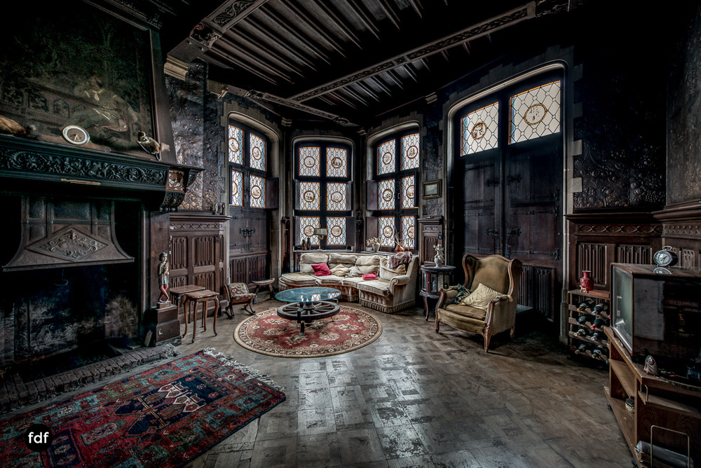Town-Mansion-Villa-Stadthaus-Urbex-Lost-Place-3.jpg