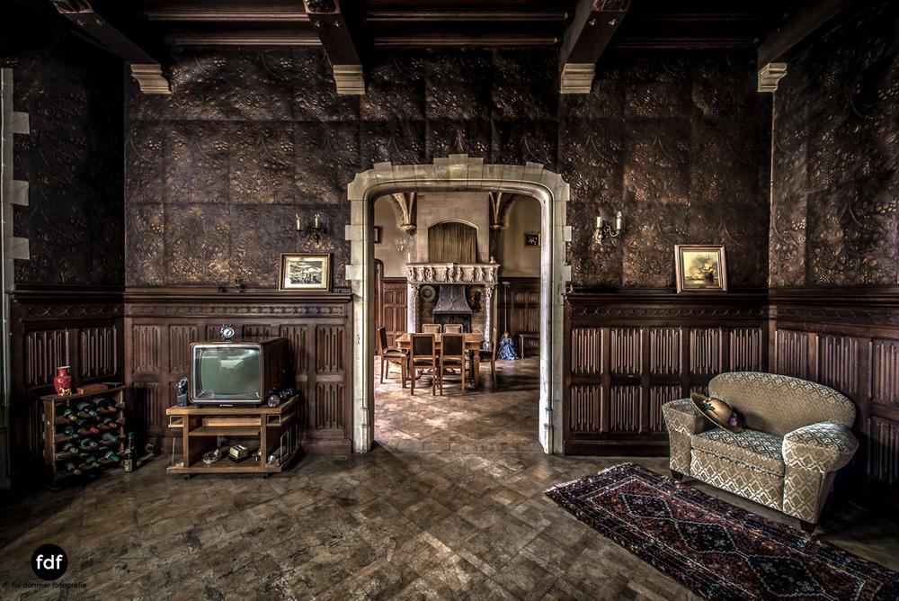 Town-Mansion-Villa-Stadthaus-Urbex-Lost-Place-6.jpg