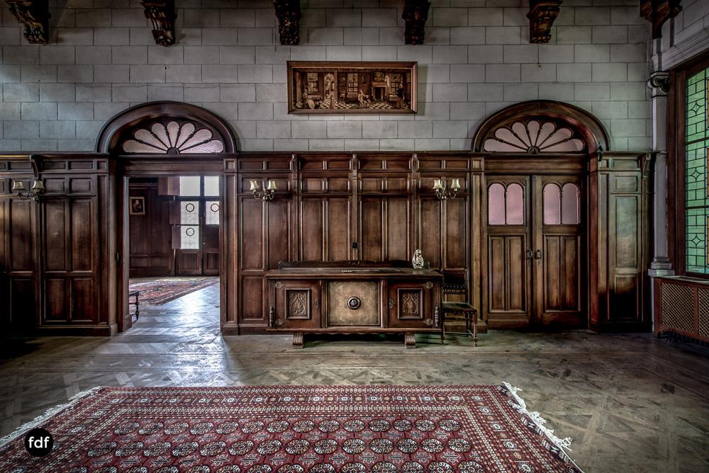 Town-Mansion-Villa-Stadthaus-Urbex-Lost-Place-33.jpg