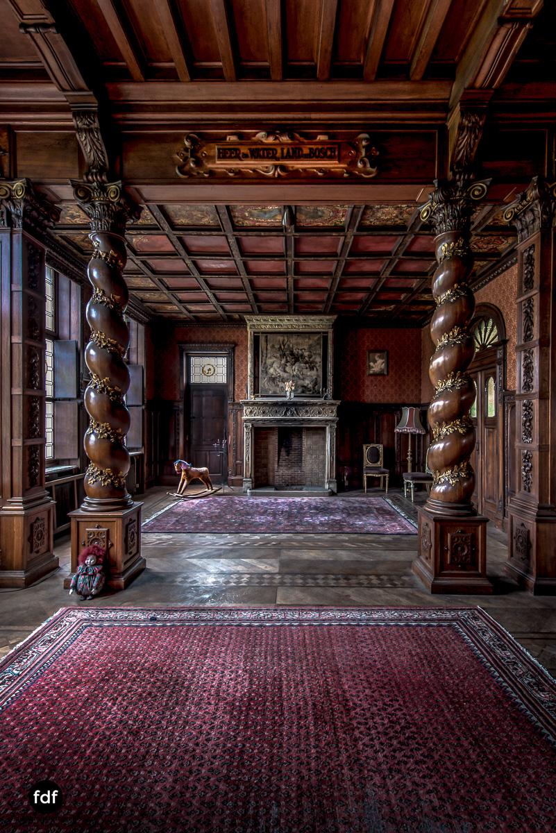 Town-Mansion-Villa-Stadthaus-Urbex-Lost-Place-35.jpg