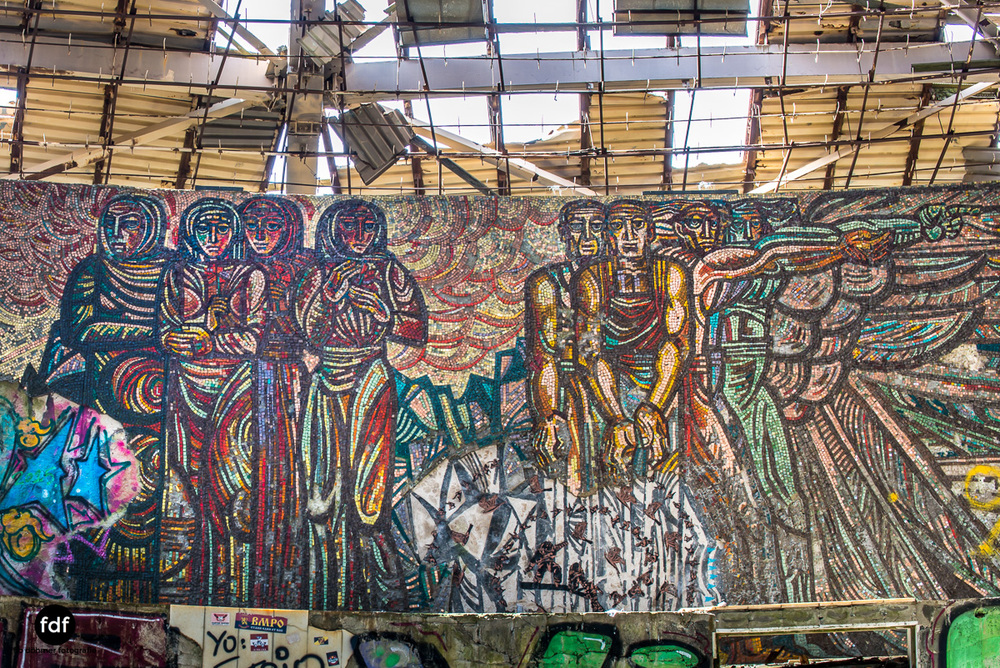 Buzludzha-Monument-Kommunismus-UFO-Shipka-Bulgarien-Lost-Place-1229.JPG