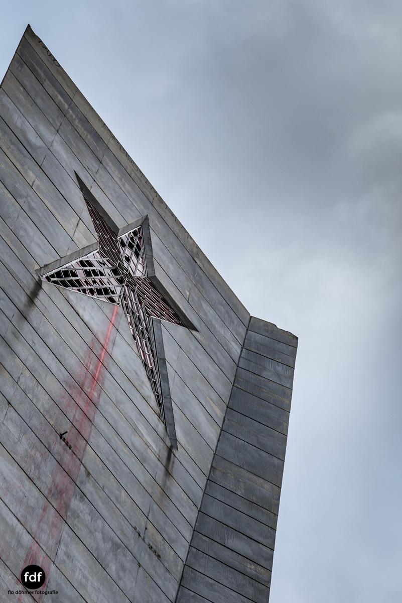 Buzludzha-Monument-Kommunismus-UFO-Shipka-Bulgarien-Lost-Place-445.JPG