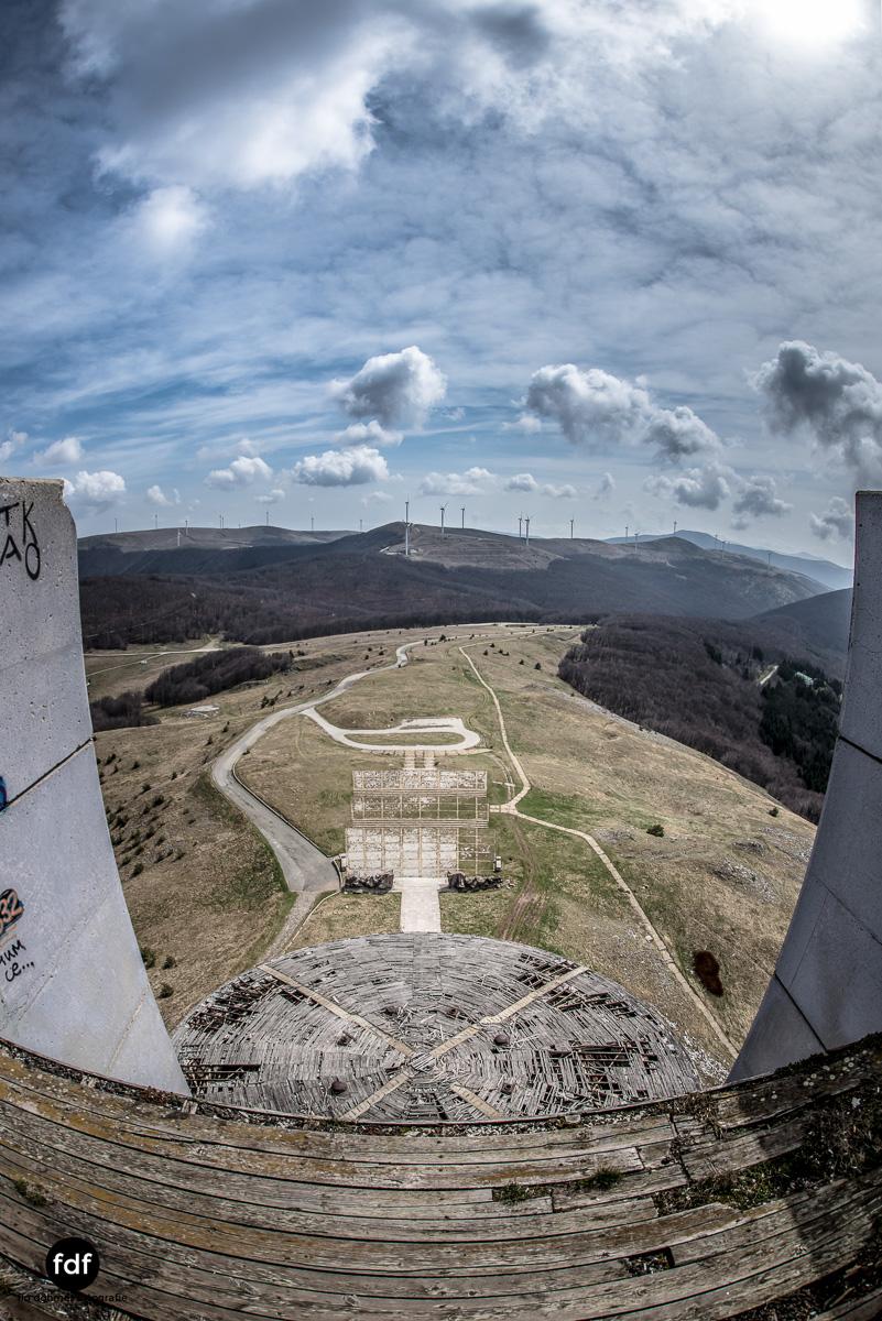 Buzludzha-Monument-Kommunismus-UFO-Shipka-Bulgarien-Lost-Place-1355.JPG