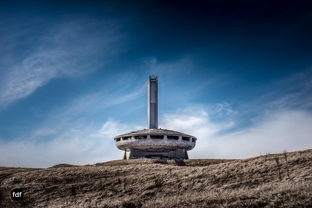 Buzludzha-Monument-Kommunismus-UFO-Shipka-Bulgarien-Lost-Place-45.JPG