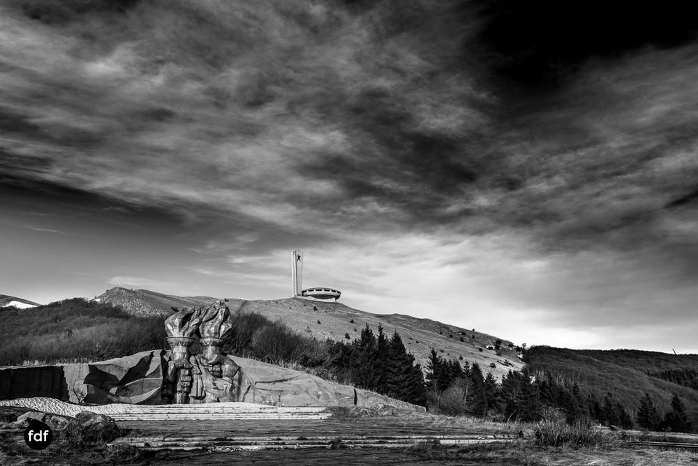 Buzludzha-Monument-Kommunismus-UFO-Shipka-Bulgarien-Lost-Place-341.JPG