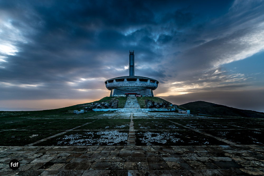 Buzludzha-Monument-Kommunismus-UFO-Shipka-Bulgarien-Lost-Place-674.JPG