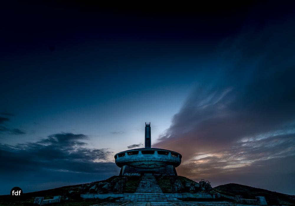 Buzludzha-Monument-Kommunismus-UFO-Shipka-Bulgarien-Lost-Place-822.JPG