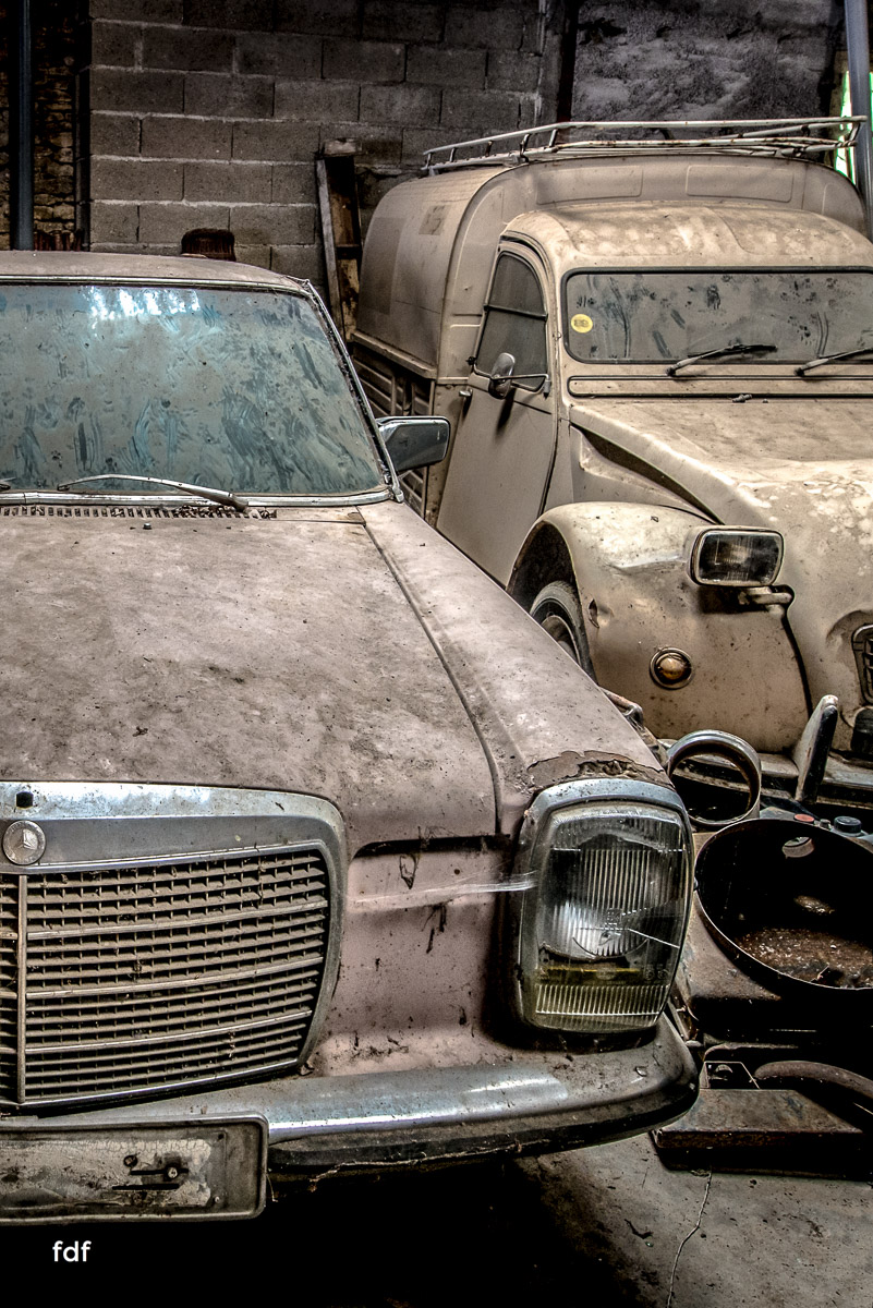 Garage Poussette-Oldtimer-Lost-Place-Frankreich-54.JPG