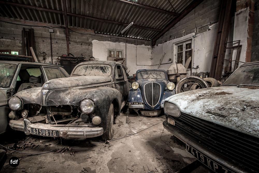 Garage Poussette-Oldtimer-Lost-Place-Frankreich-100.JPG
