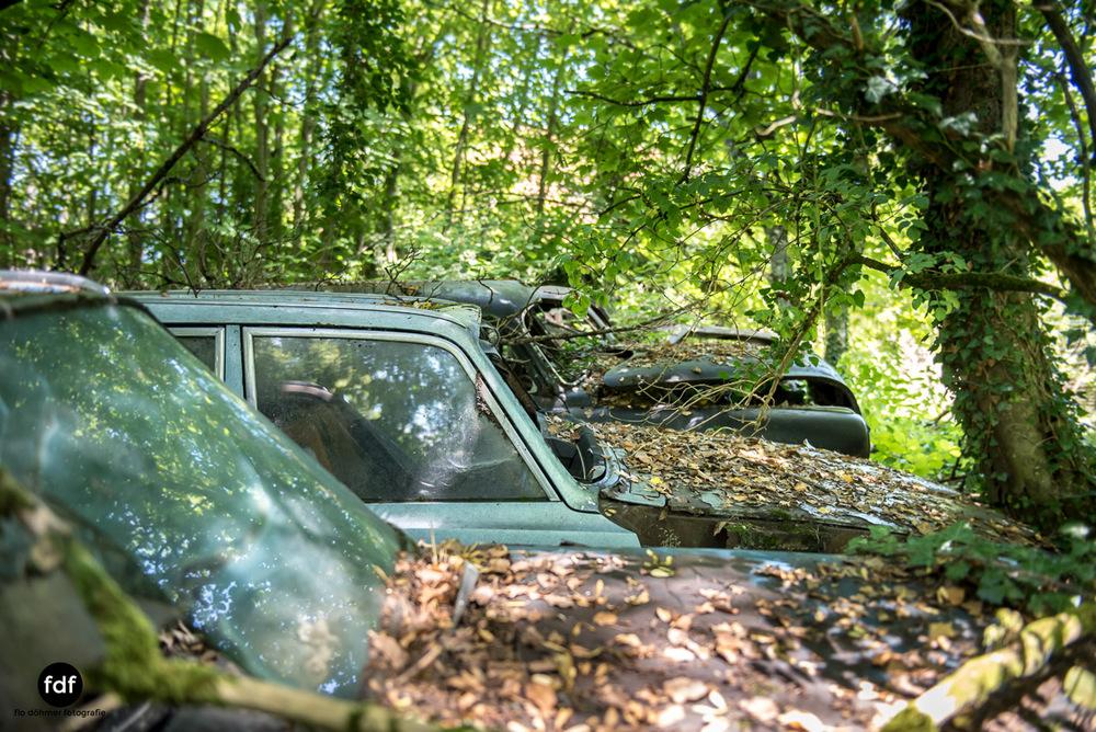 Garage Poussette-Oldtimer-Lost-Place-Frankreich-170.JPG
