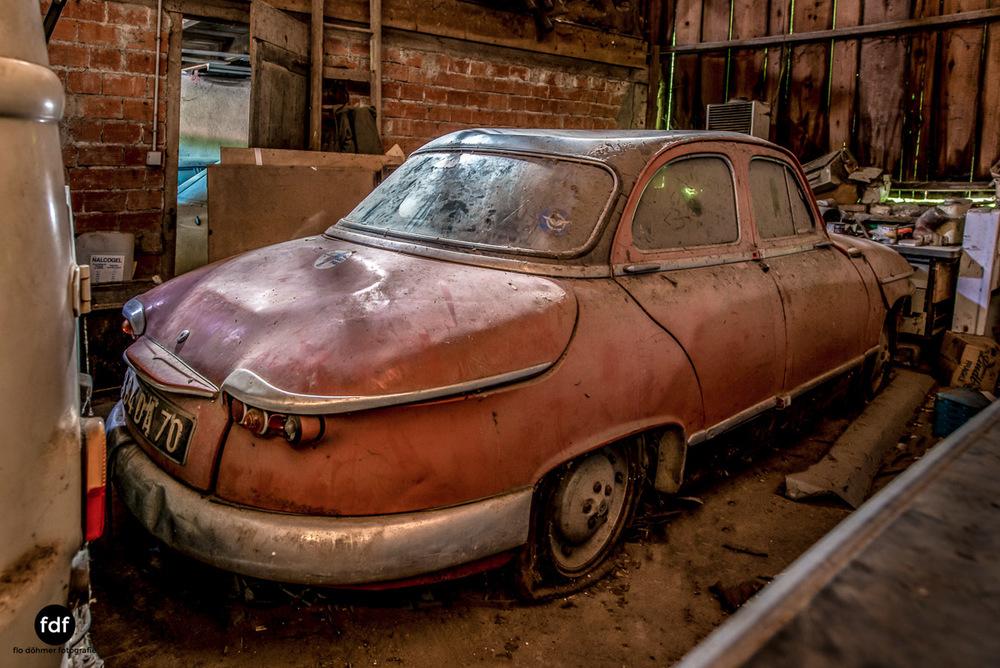 Garage Poussette-Oldtimer-Lost-Place-Frankreich-207.JPG