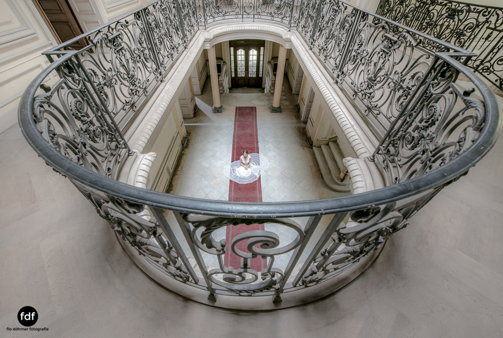 Chateau-Lumiere-Braut-Lost-Place-Urbex-Frankreich-14.JPG