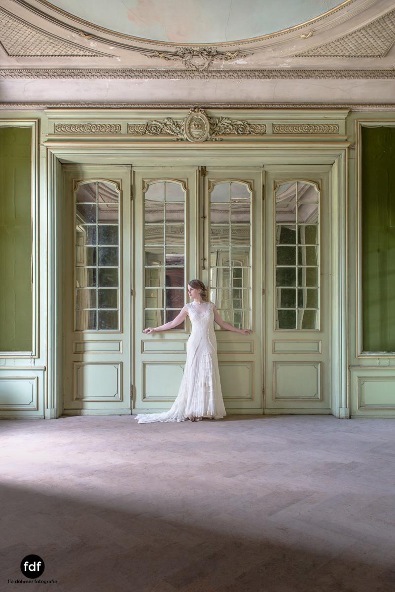 Chateau-Lumiere-Braut-Lost-Place-Urbex-Frankreich-171.JPG
