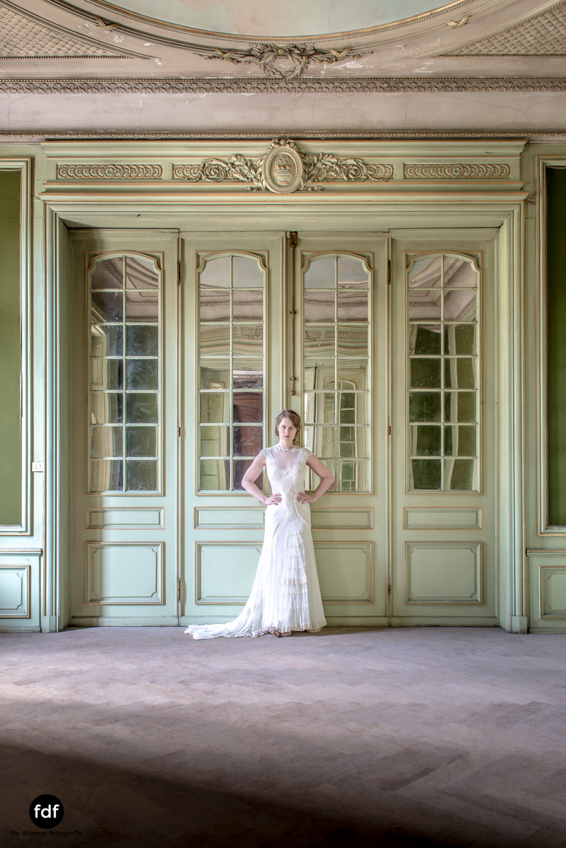 Chateau-Lumiere-Braut-Lost-Place-Urbex-Frankreich-178.JPG
