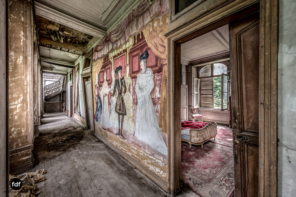 Chateau-Secession-Lost-Place-Urbex-Frankreich-6.JPG