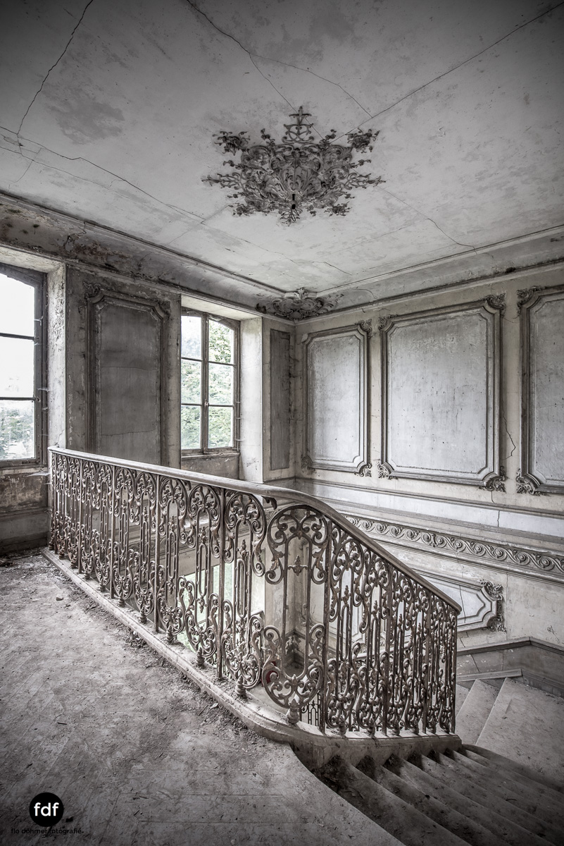 Chateau-Secession-Lost-Place-Urbex-Frankreich-9.JPG