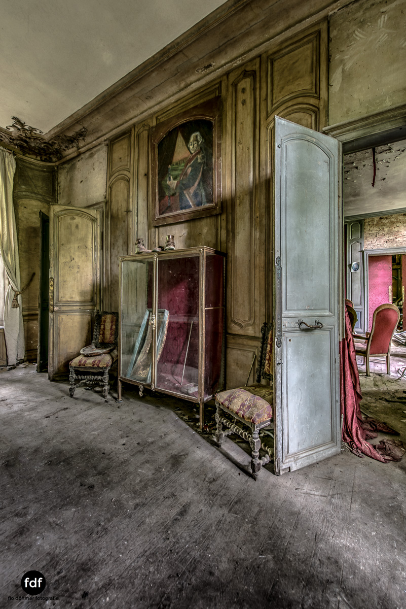 Chateau-Secession-Lost-Place-Urbex-Frankreich-18.JPG