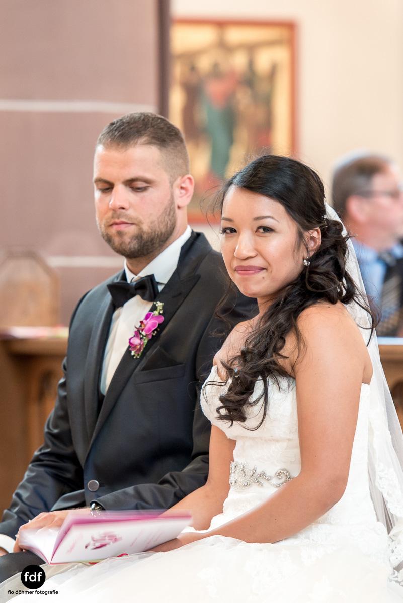 Hochzeit-S&J-Der-Tag-Kirche-Brautkleid-Wedding-10.JPG