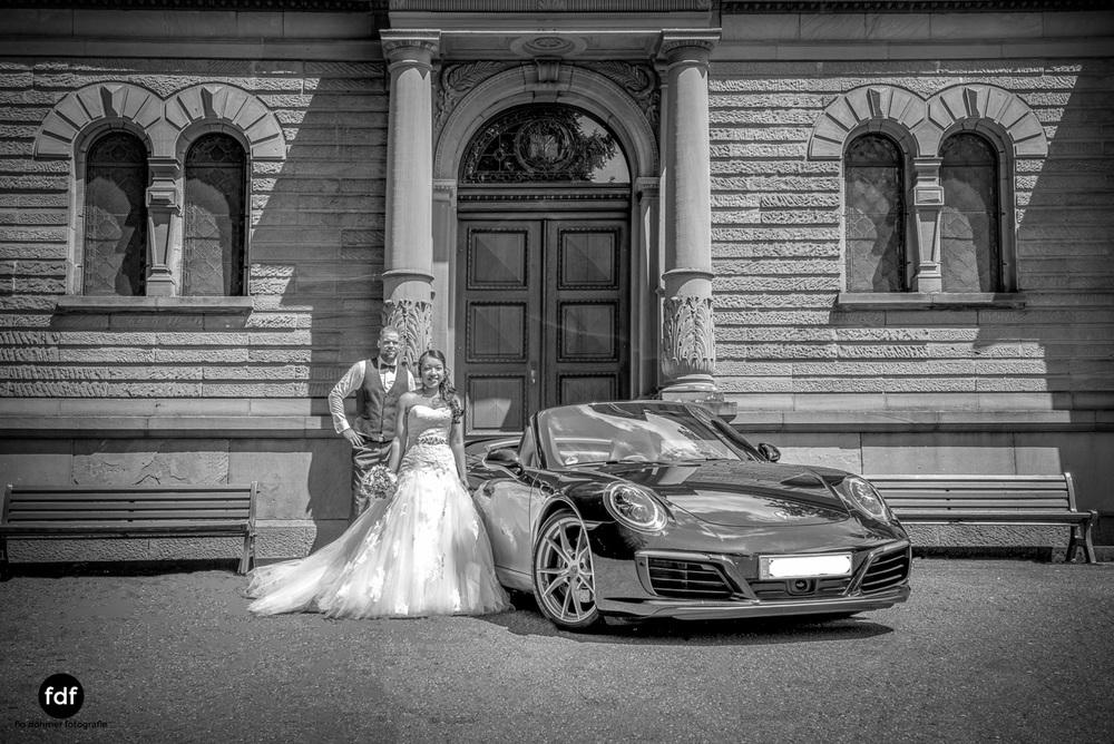 Hochzeit-S&J-Shooting-Porsche-911-Portraits-Brautkleid-Wedding-3.JPG