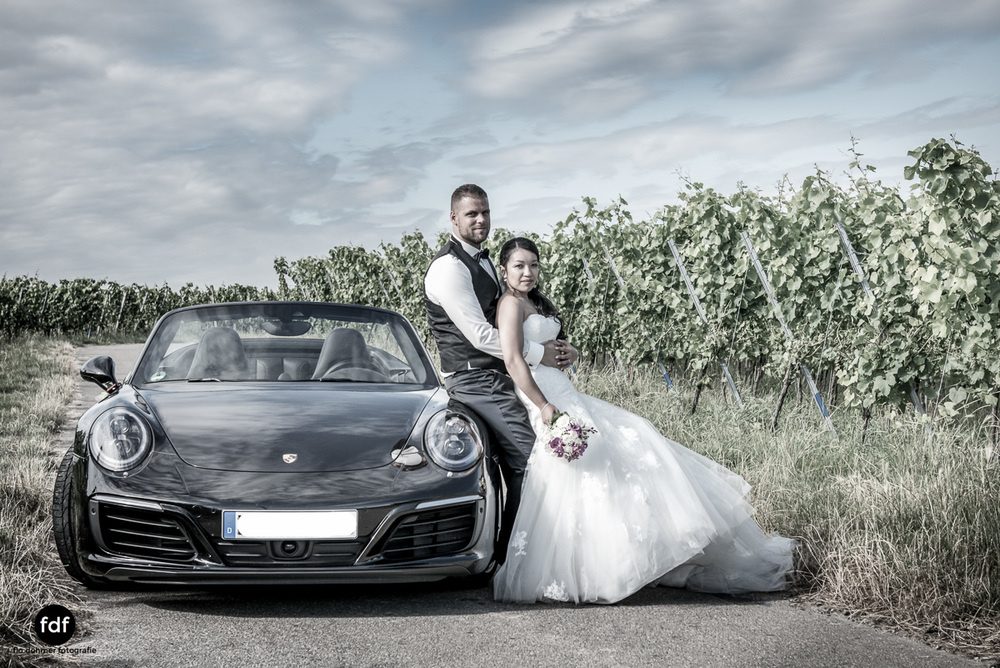 Hochzeit-S&J-Shooting-Porsche-911-Portraits-Brautkleid-Wedding-6.JPG