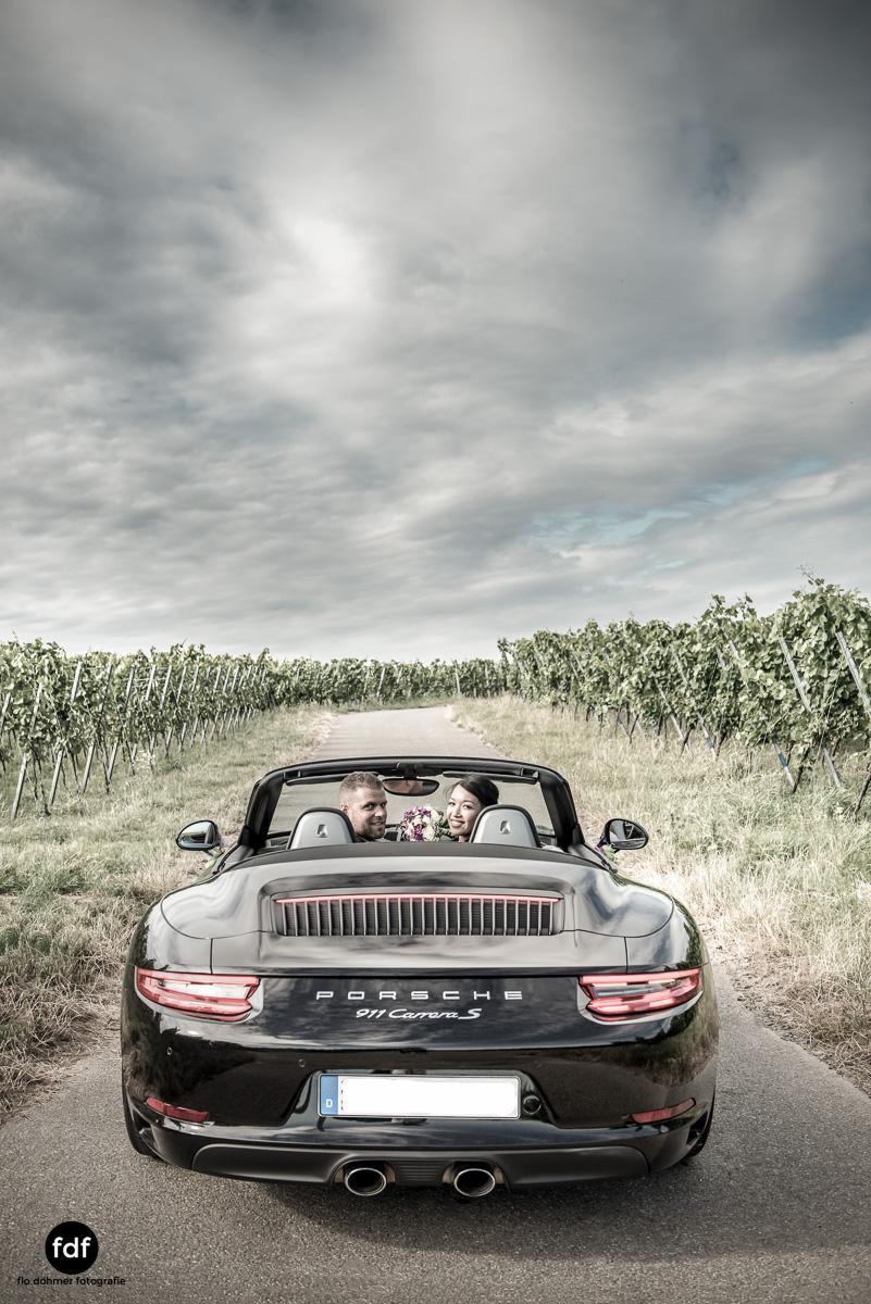 Hochzeit-S&J-Shooting-Porsche-911-Portraits-Brautkleid-Wedding-11.JPG