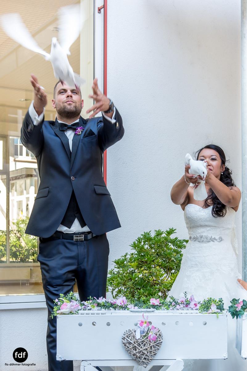 Hochzeit-S&J-Der-Tag-Kirche-Brautkleid-Wedding-26.JPG