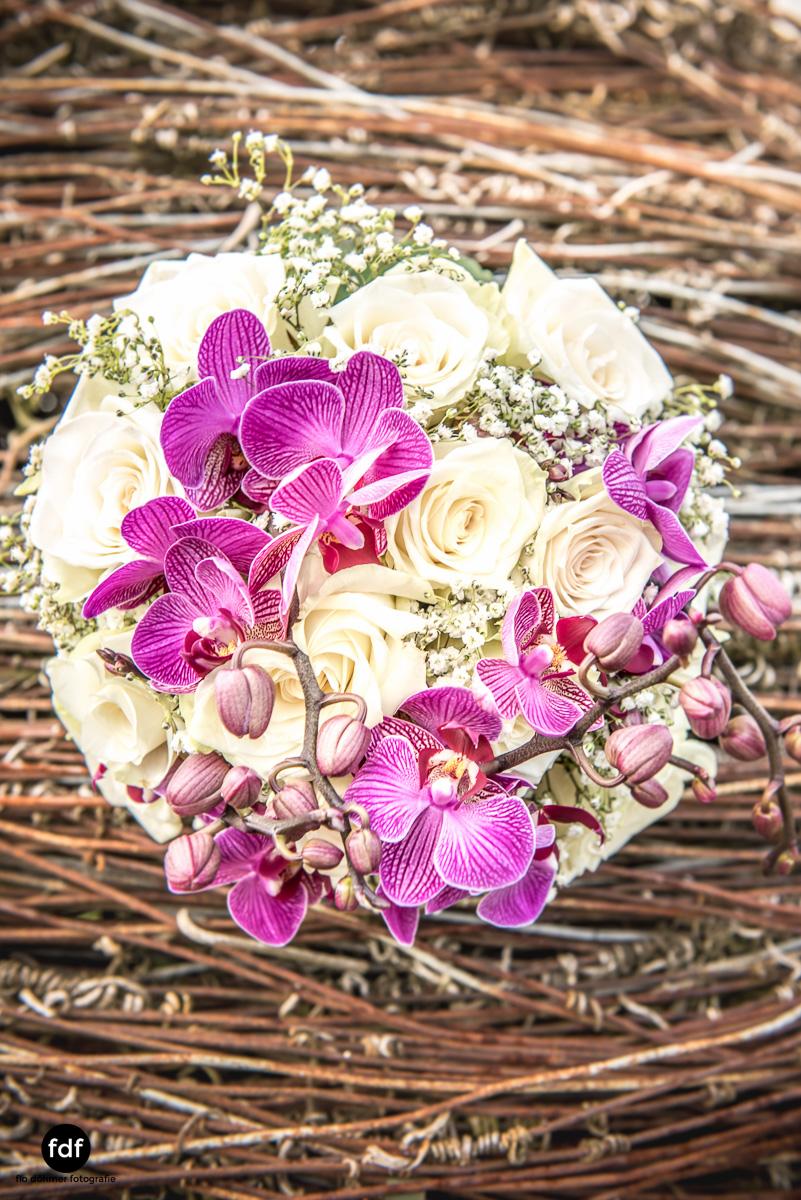 Hochzeit-S&J-Der-Tag-Kirche-Brautkleid-Wedding-37.JPG