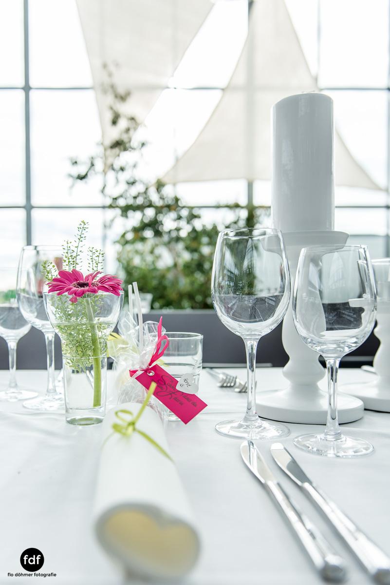 Hochzeit-S&J-Der-Tag-Kirche-Brautkleid-Wedding-40.JPG
