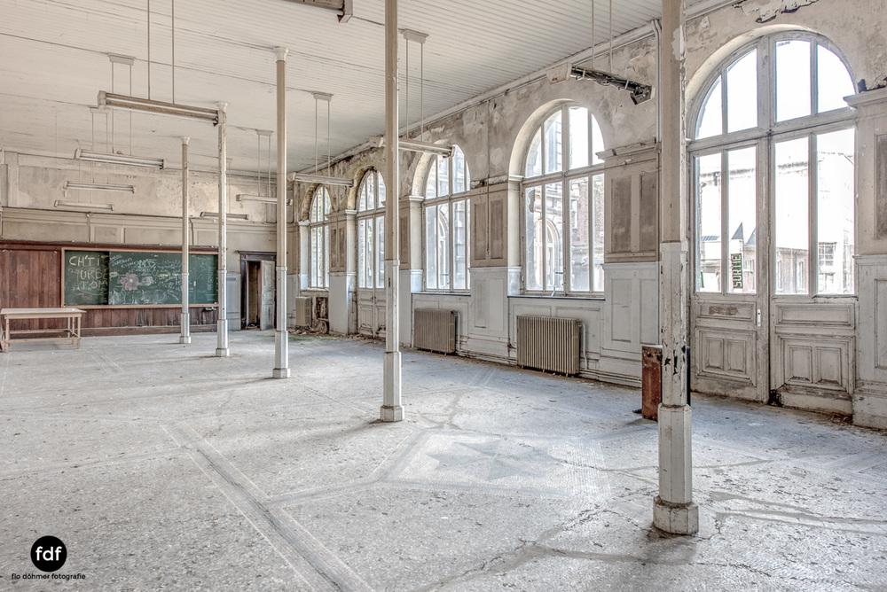 Pritzer-Fac-Fakultät-Uni-Auditorium-Lost-Place-Belgien-117.JPG