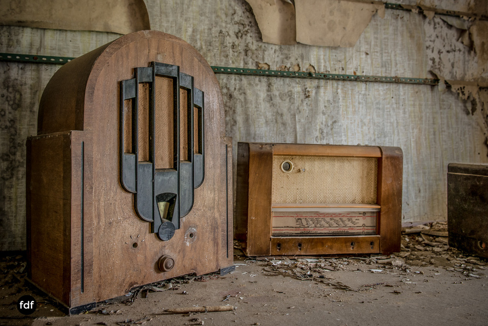 Manfred le reparateur-Lost-Place-Urbex-37-Bearbeitet.JPG