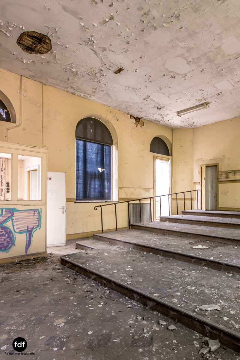 Lycee-V-Schule-Lost-Place-Belgien-36.JPG