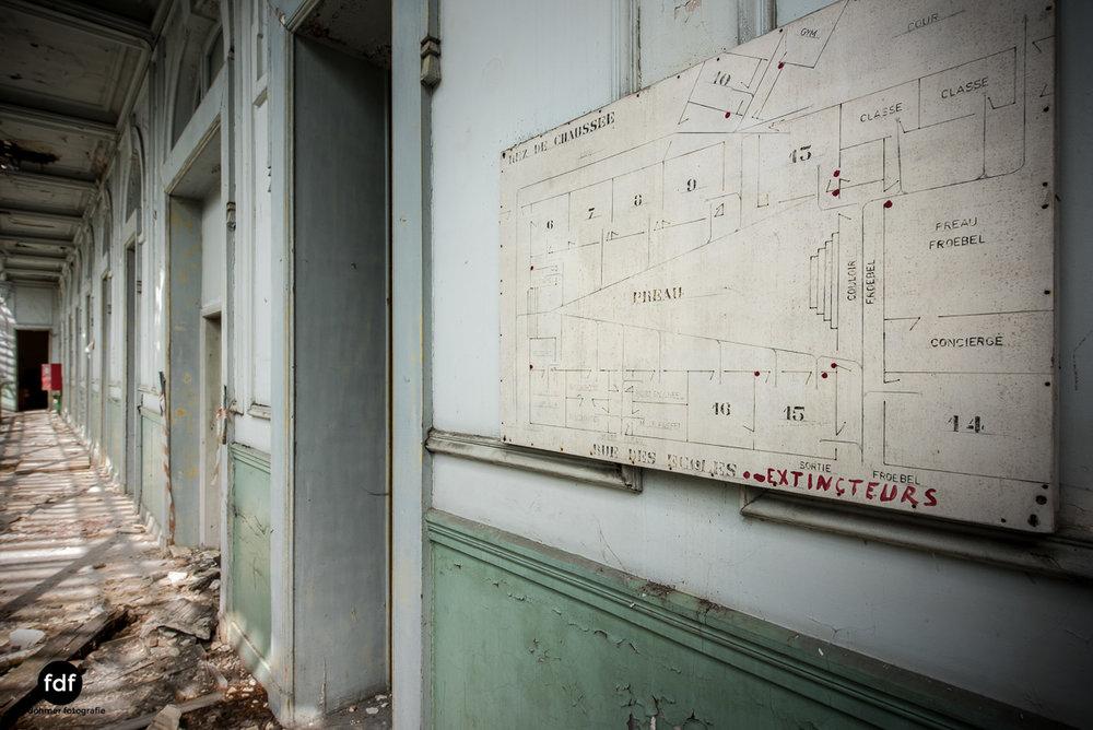 Lycee-V-Schule-Lost-Place-Belgien-40.JPG