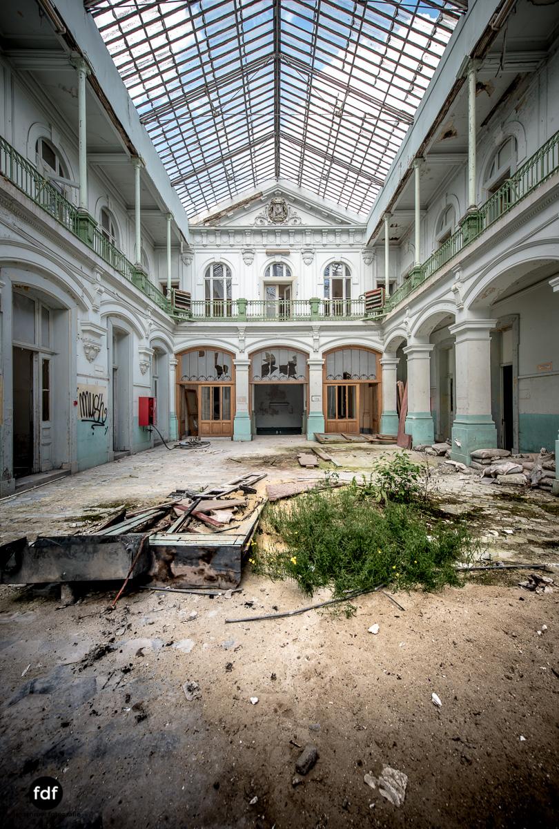 Lycee-V-Schule-Lost-Place-Belgien-62.JPG