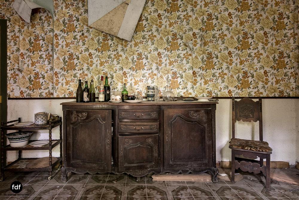 Manoir du Professeur-Herrenhaus-Lost Place-Urbex-Frankreich-170.JPG